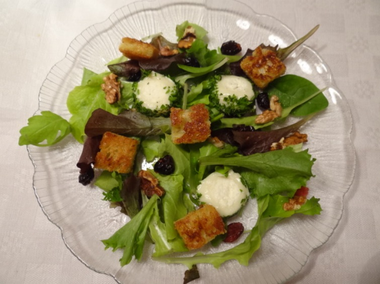 warm goats cheese salad 1